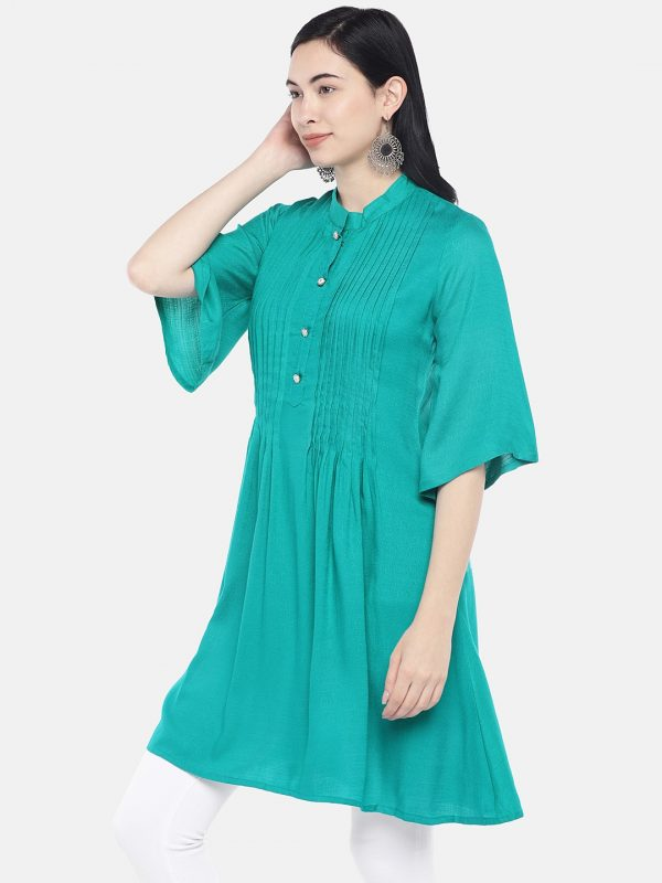 Green rayon slub tunic