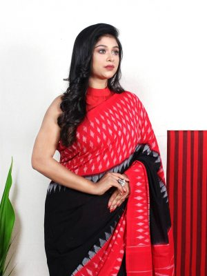 Black Pochampally Ikkat Saree