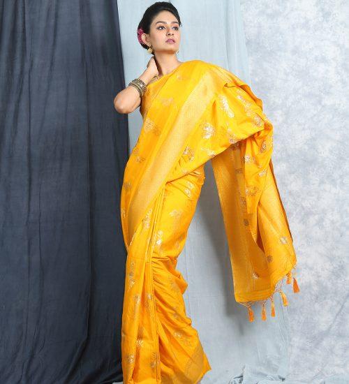 Yellow Blended Silk Jacquard Banarasi Saree With Woven Pallu